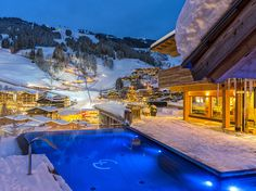 The Alpin Juwel is the lifestyle hotel in Saalbach Hinterglemm, in Salzburger Land. The perfect wellness hotel & sports hotel for summer and winter. Ski Slopes, Ski Lift, Four Square, Austria, Skiing, Mansions, House Styles, Outdoor Decor, Fun
