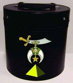 Fez case with single Pyramid and Shrinedom emblem
