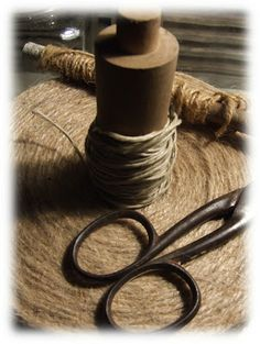Oud touw en oude schaar