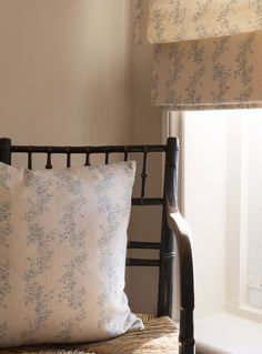 The gentle calming blue of this extremely pretty floral works beautifully upstairs or downstairs.