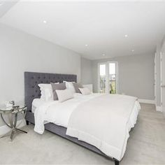 Trendy bedroom grey and white decor farrow ball Bathroom Colors Gray, Bedroom Paint Colors, Gray Bedroom, Trendy Bedroom, Wall Colors, Bedroom Decor, Paint Colours, Bedroom Ideas, Bedroom Inspo