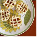 Kip and I made these tiny pies last Fall and they were delightful! <3