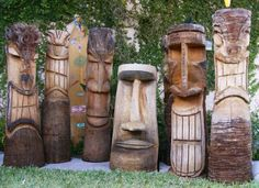 I GUESS THE DIFFERENCE IS THAT TIKIS ARE FACES WITH EXAGGERATED EXPRESSIONS AND TOTEMS ARE STACKED ANIMALS