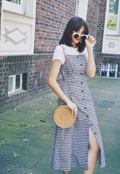 Korean Girl Fashion, Korean Fashion Trends, Ulzzang Fashion, Korean Street Fashion, Asian Fashion, Look Fashion, Skirt Fashion, Fashion Dresses, Casual Summer Outfits