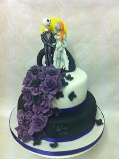 Nightmare before Christmas wedding cake - by CAKE_by_laura @ CakesDecor.com - cake decorating website