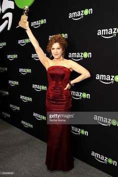 Actress Bernadette Peters, holding award for Best Series - Musical or Comedy 'Mozart in the Jungle,' attends Amazon Studios Golden Globe Awards Party at The Beverly Hilton Hotel on January 10, 2016 in Beverly Hills, California. Beverly Hilton, The Beverly, Golden Globe Award, Golden Globes, The Goodbye Girl, Annie Get Your Gun, Bernadette Peters, Strapless Dress Formal, Formal Dresses