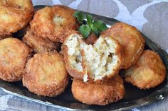 Chiftelute de fasole - CAIETUL CU RETETE Food And Drink, Ethnic Recipes, Cooking Recipes, Romanian Recipes, Salads, Bakken