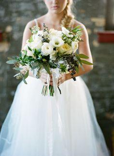 Romantic cream-colored bouquet