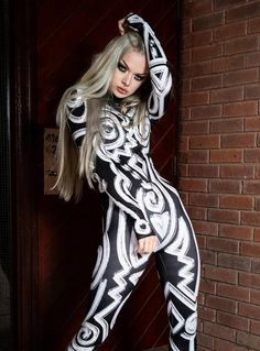 Rave Bodysuit, Black Bodysuit, Fashion Tights, Punk Fashion, Rave Outfits, Sexy Outfits, Cute Emo Girls, Gothic Leggings, Hippie Costume