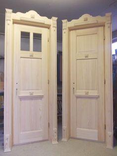 Régimódi házak, parasztházak felújítása - Egyedi tervezésű nyílászárók és népi bútorok Cottage Front Doors, Swiss Chalet, Woodworking Jigs, Wooden Doors, Living Spaces, Windows, Traditional, Interior Design, House