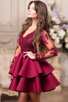 Cocktail dresses are sleek and elegant and they work for formal and semi-formal occasions. It is a party dress, and you can wear it to any cocktail party without hesitation. But the number of styles is huge, and here we will discuss it in detail Semi Dresses, Hoco Dresses, Homecoming Dresses, Evening Dresses, Formal Dresses, Frock Fashion, Fashion Dresses, Cocktail Dresses With Sleeves, Mini Robes