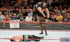 برون سترومان يفسد نزال تحديد المتحدي على بطولة WWE العالمية: برون سترومان يفسد نزال تحديد المتحدي على بطولة WWE العالمية
