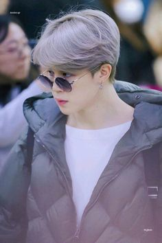 Find images and videos about kpop, bts and jimin on We Heart It - the app to get lost in what you love. Bts Jimin, Bts Bangtan Boy, Bts Taehyung, Bts Boys, Namjoon, Jimin Hair, Park Ji Min, Jikook, Busan
