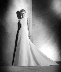 PRONOVIAS 2016 Vespera, vestido de novia original, escote caja, estilo clásico