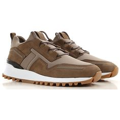 Tod's Shoes for Men from the Latest Collection. Tods Shoes as well as Gommini available in a wide selection. Mens Shoes Boots, Boys Shoes, Shoe Boots, Kicks Shoes, New Shoes, Womens Fashion Sneakers, Fashion Shoes, Women's Fashion, Casual Sneakers