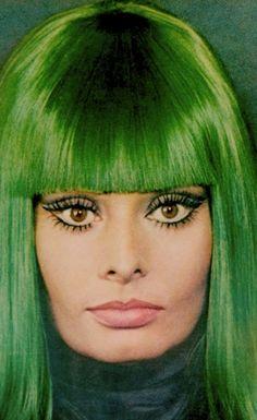 theswingingsixties:    Sophia Loren… with green hair.