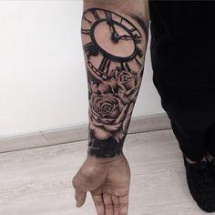 """#realism#art#tattoo#tattoos#truetubes#tattoostars#clock#rosetattoo#rose#hustlebutterdeluxe#ink#inkjecta#inklife#inkstagram#inkaddict#silverbackink#bnginksociety#bgis#artist#formink#greywash#@bnginksociety…"""