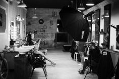 Shooting @franceskaj  #photostudio#barberia#barbershop#profoto#photography#photographer#wahl#model#defineistolimit#pugilatobarcelona#vsco# by pugilatostudio