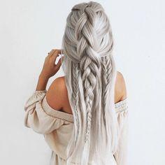 Love her hair color! What do you dolls think? @emilyrosehannon #dollhousedubai