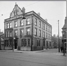 The George, Central Drive Old Pictures, Old Photos, Glasgow, Edinburgh, Great Places, Places To Go, British Seaside, Beautiful Castles, Blackpool