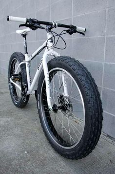 This would be a great #snow #bike for the weather we are having on the east coast US!