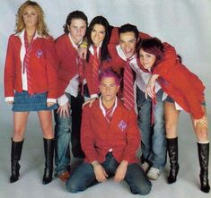 rebelde   Trauma, Nostalgia, Little Pony Party, Casting Pics, Harry Styles, Fangirl, Tv Shows, It Cast, Leather Jacket