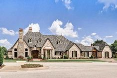 39 Types of Architectural Styles for the Home (with Pictures)- landhaus French Country House Plans, European House Plans, French Country Bedrooms, French Country Style, French Country Decorating, French Cottage, Country Homes, Architectural Styles, Architectural Design House Plans