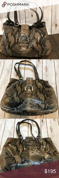 """Coach Python Snakeskin Leather NoD1126-F17417 Bag Authentic Coach Black and Brown/taupe Python Snake skin Leather Hobo Tote Handbag 👜 in Perfect condition!  The bag length measures 14"""", bag height is 9.5"""", bag depth is 4"""", and the strap drop 9"""" it has lots of pockets and is very spacious! Non-smoking, Pet-free home! It is Gorgeous! Fast same day shipping! Coach Bags Hobos"""