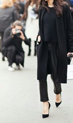 Black - Street look - Look / Chic With A Twist.