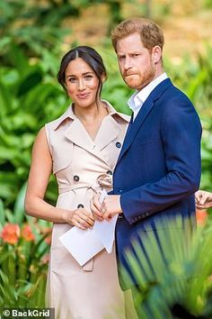 Judge delays Meghan Markle's privacy court hearing after her 'confidential ground' application | Daily Mail Online