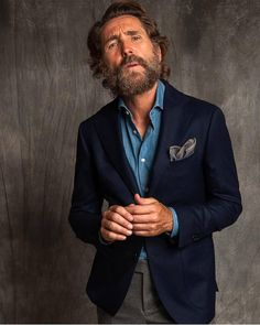 Made to measure denim shirt is what I am getting myself this Christmas! And a bigger beard maybe ; Mode Man, Blue Denim Shirt, Denim Shirts, Dress Trousers, Dress Shirt, Mens Fashion Suits, Gentleman Style, Stylish Men, Look Fashion