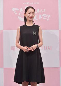 190521 Shin Hye-sun Fashion - Angels last mission Love press Korean Actresses, Actors & Actresses, Korean Actors, Fashion Angels, Kdrama Actors, Korean Celebrities, Beautiful Actresses, Classic Looks, Korean Fashion