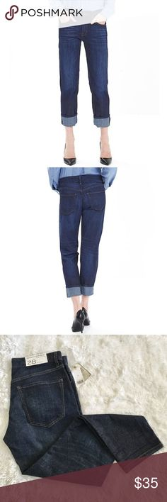 """Banana Republic Boyfriend Jeans Banana Republic Boyfriend Jeans in Indigo.  Measures about 16.5"""" across the waist band, 10"""" front rise, 29"""" inseam.  98% cotton 2% elastane.  Easy fit through hips and thighs.  No trades. Banana Republic Jeans Boyfriend"""