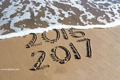 30 Best Happy New Year Pictures 2020 in HD - Quotes Square Silvester Diy, Silvester Party, Photos Nouvel An, New Years Eve 2017, Happy New Year Pictures, Happy New Year Wallpaper, Happy 2017, Quotes About New Year, Christmas Decorating Ideas
