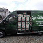 Z Plzeňského Prazdroje míří do Vatikánu 2018 piv, soudek i měděné vejce