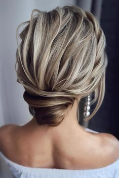 48 Mother Of The Bride Hairstyles ❤️ mother of the bride hairstyles textured low bun swept on blonde hair tonyastylist Braided Hairstyles Updo, Prom Hairstyles For Short Hair, Bride Hairstyles, Updo Hairstyle, Braided Updo, Fall Hairstyles, Layered Hairstyles, Elegant Hairstyles, Latest Hairstyles