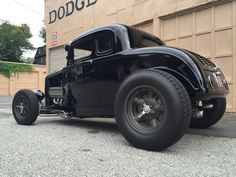Even a crappy Ride looks cool when the Wheels/Tires/Stance is right. Classic Hot Rod, Classic Cars, Traditional Hot Rod, Old Race Cars, Hot Rod Trucks, Car Wheels, Street Rods, Ford Models, Drag Racing