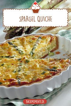 Einfacher Quiche mit Spargel in einer Springform selbst machen - Leckerer weißer und grüner Spargel Quiche Best Picture For asparagus puff pastry For Your Taste You are looking for something, and it i Clean Eating Recipes For Dinner, Egg Recipes For Breakfast, Homemade Breakfast, Healthy Low Carb Breakfast, Clean Eating Breakfast, Eating Clean, Easy Egg Recipes, Quiches, Cheesecake