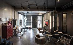 Gallery - Renovation of Split-Level Hair Salon & Residential / HAO Design studio - 6