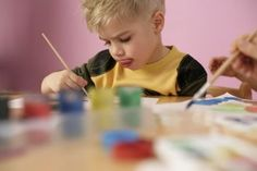 Read about the effect of arts on children& brains, the importance of art in their education, and tips on how to involve kids in the arts. Painting For Kids, Art For Kids, Benefits Of Music Education, Importance Of Art, Kindergarten, Family Therapy, Critical Thinking Skills, Poor Children, Problem Solving Skills