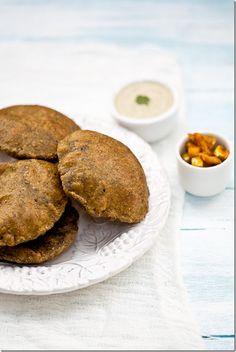 palak ki kachori - simple whole wheat spinach bread