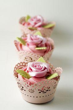 Bourbon Vanilla Cupcakes by almitita, via Flickr