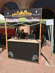 Nuestro stand en 9Birras Fest a Nou Barris, la primera edición de una feria de éxito! Enhorabuena a todos! #9Birras #cerveza #beer Stand Feria, Beer Fest, Coffee Shop Design, Design Ideas, Ideas, Yearly, Ale, School