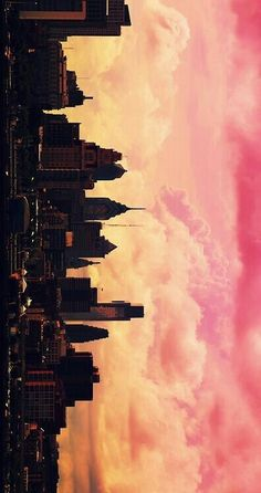 Find images and videos about pink, sky and wallpaper on We Heart It - the app to get lost in what you love. Wallpaper City, Wallpaper Backgrounds, Trendy Wallpaper, City Skyline Wallpaper, Beautiful Wallpaper For Phone, Iphone Wallpaper Vintage Quotes, Sunset Wallpaper, Travel Wallpaper, Wallpaper Lockscreen