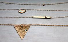 DOWN THE LINE / Opal gebürstet bar Halskette von Blydesign auf Etsy