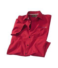 Chemise Manches Courtes Rouge : http://www.atlasformen.fr/products/grandes-tailles/chemise-manches-courtes-rouge/14641.aspx