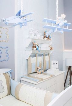 Blue is the perfect colour four kids' bedrooms, even if it is for girls! Click and check our amazing blue furniture and get drown in inspiration! Baby Bedroom, Baby Boy Rooms, Baby Boy Nurseries, Kids Bedroom, Kids Rooms, Nursery Wall Decor, Baby Room Decor, Blue Furniture, Rustic Furniture