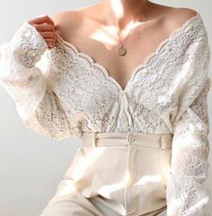 Aesthetic Fashion, Aesthetic Clothes, Cute Casual Outfits, Pretty Outfits, Stil Inspiration, Jugend Mode Outfits, Moda Vintage, Lace Cardigan, Looks Vintage
