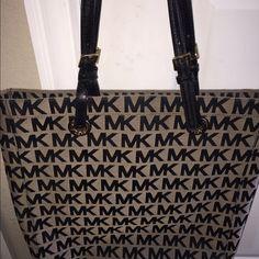 Authentic Michael Kors Purse Black and beige Michael Kors Bags Shoulder Bags