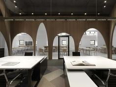 Gallery of H&M Logistic Office / JC Architecture - 12